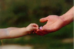 adozione di minorenni: obbligo assistenza legale